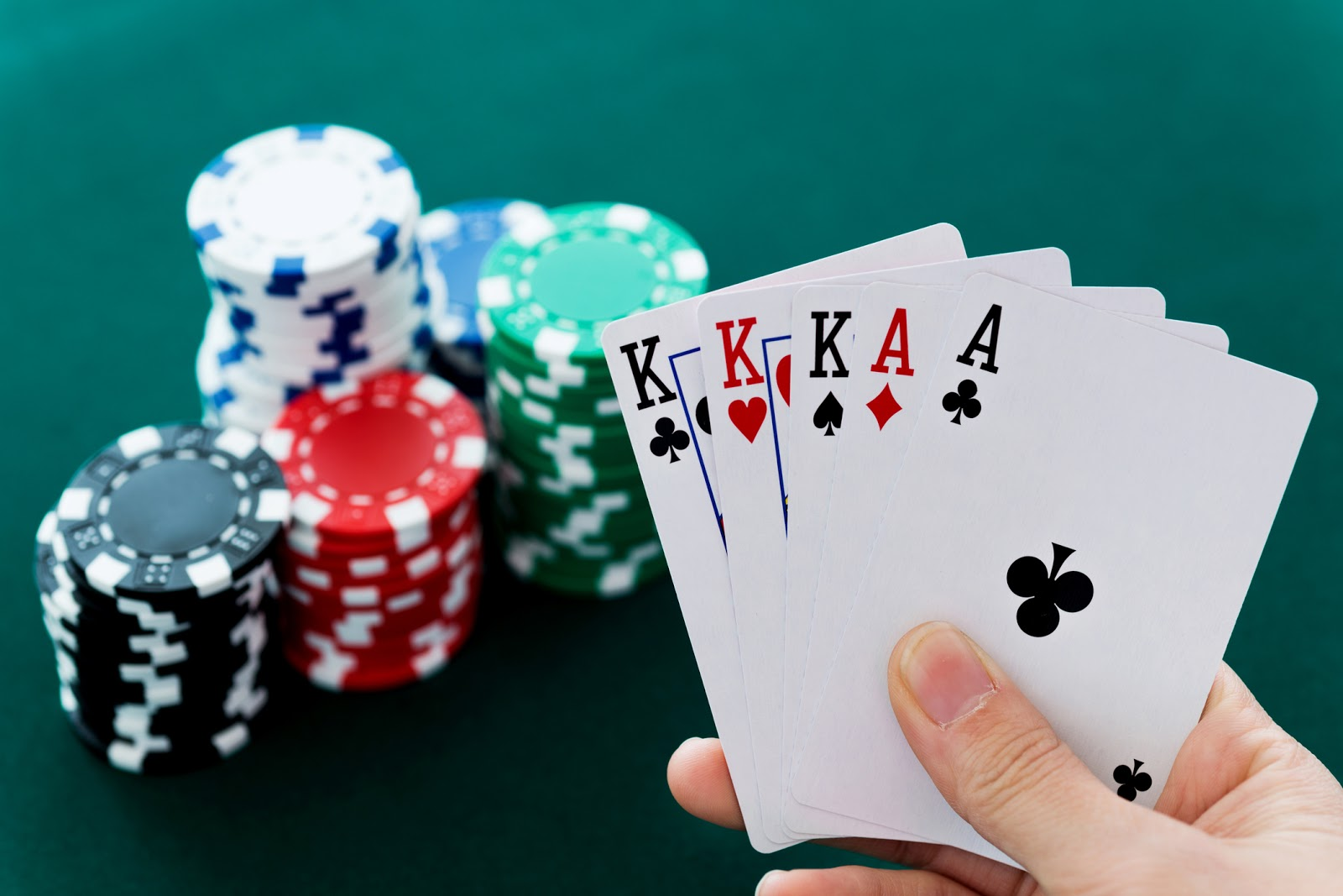 Texas Hold'em Poker Game: How to Play Texas Holdem Poker?
